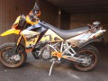 ktm 950 supermoto con kit formanudesign di vincenzo nastro varese